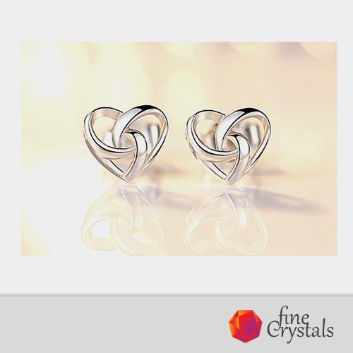 silver-hearts-earrings